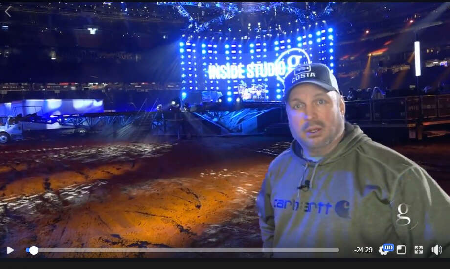Garth Brooks broadcast live on the RodeoHouston stage from inside NRG Stadium Monday night. Photo: Facebook.com/GarthBrooks