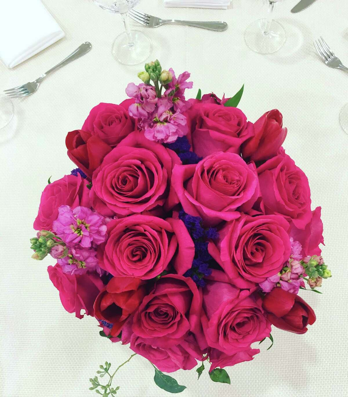 Roses on a spring luncheon table