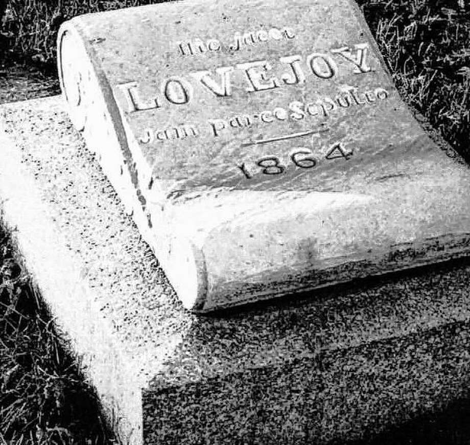 The original gravestone of Elijah P. Lovejoy was set in 1864, some years after his death and burial. The land for the gravesite, now surrounded by an iron fence, was donated by the family of Major Hunter. Lovejoy was originally buried in a pasture, now a part of Alton City Cemetery. The grave was marked only with a simple board. Photo: File Photo