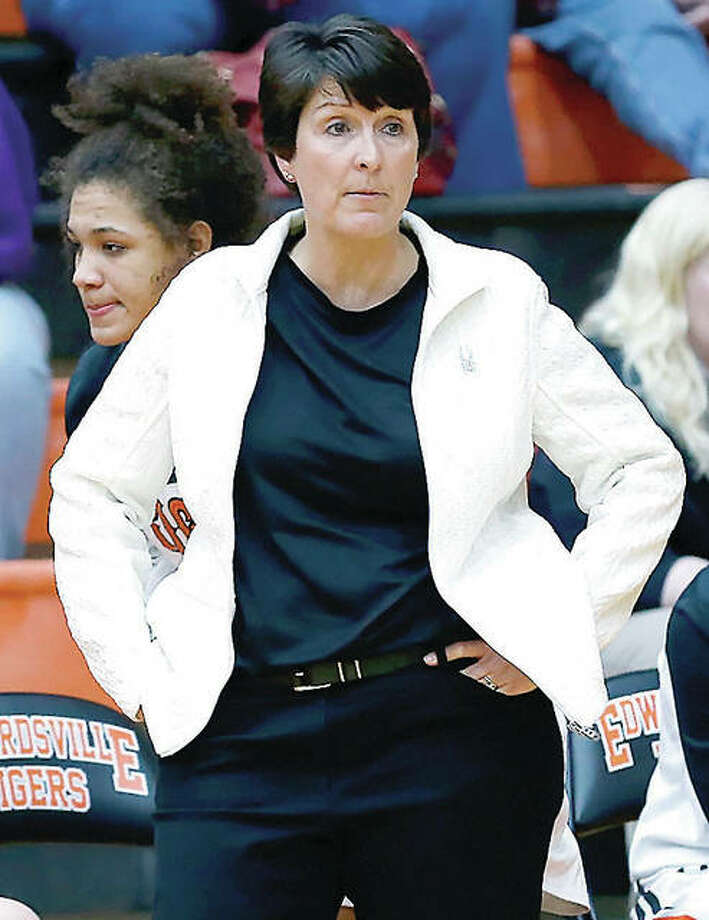 Edwardsville coach Lori Blade's unbeaten and Class 4A top-ranked Tigers (26-0) will go after a 15th consecutive regional championship Friday against host Belleville East.