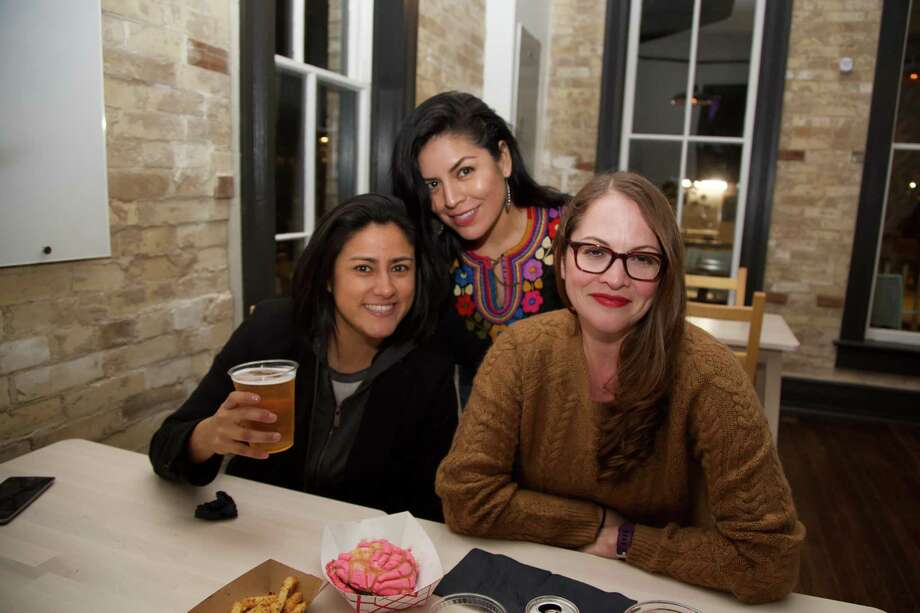 Fabiola Vidal, Christina Rivera and Mari Marcelo get together at Con Safos in Hemisfair. Photo: Xelina Flores /For The Express-News