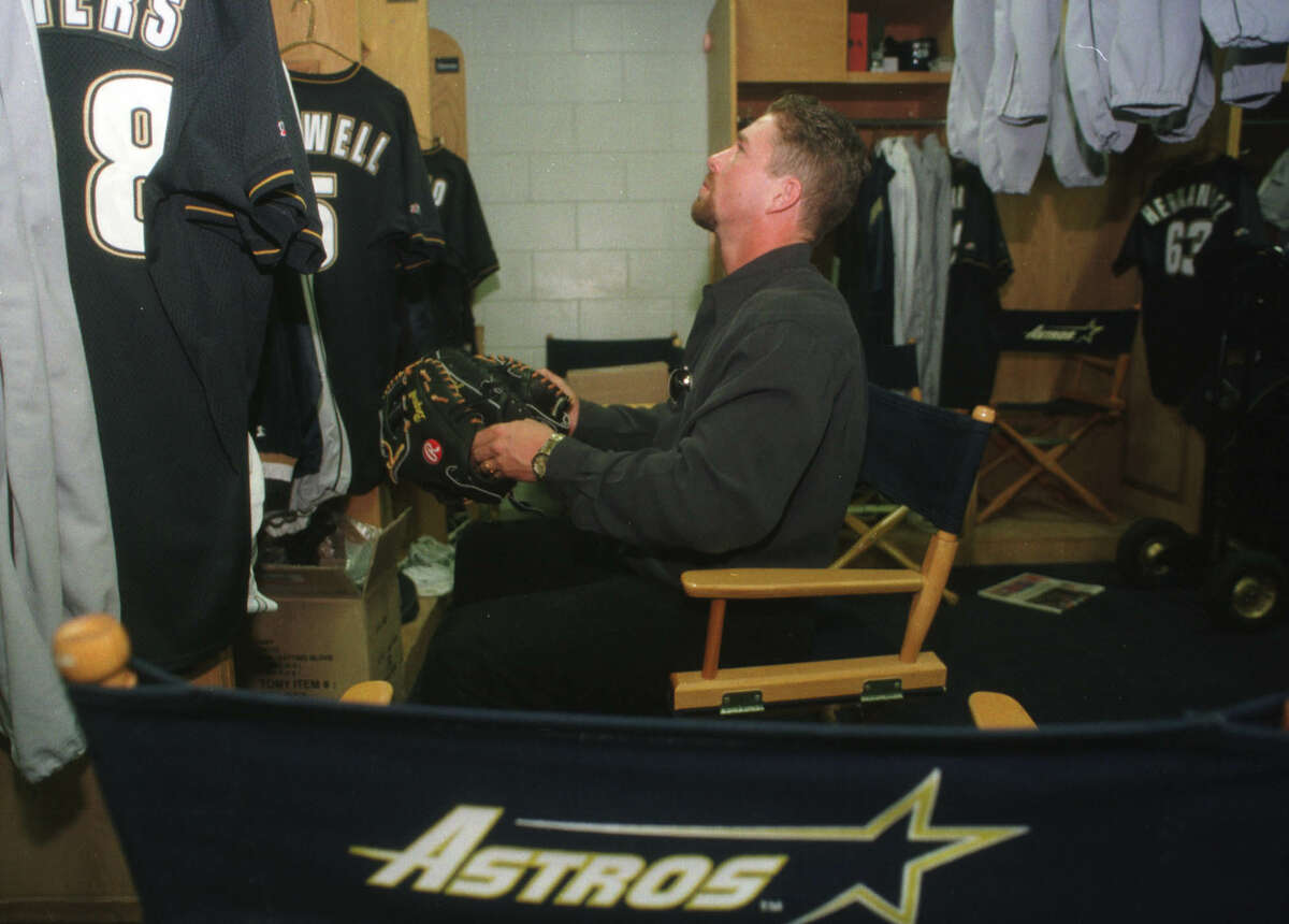 Jeff Bagwell sits in front of his locker at the Astros' training facility in Kissimmee in 1998.