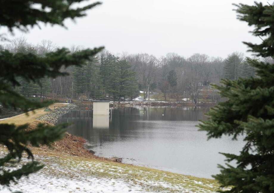 Water fills Putnam Reservoir in Greenwich, Conn. Tuesday, Feb. 20, 2018. Photo: Tyler Sizemore / Hearst Connecticut Media / Greenwich Time