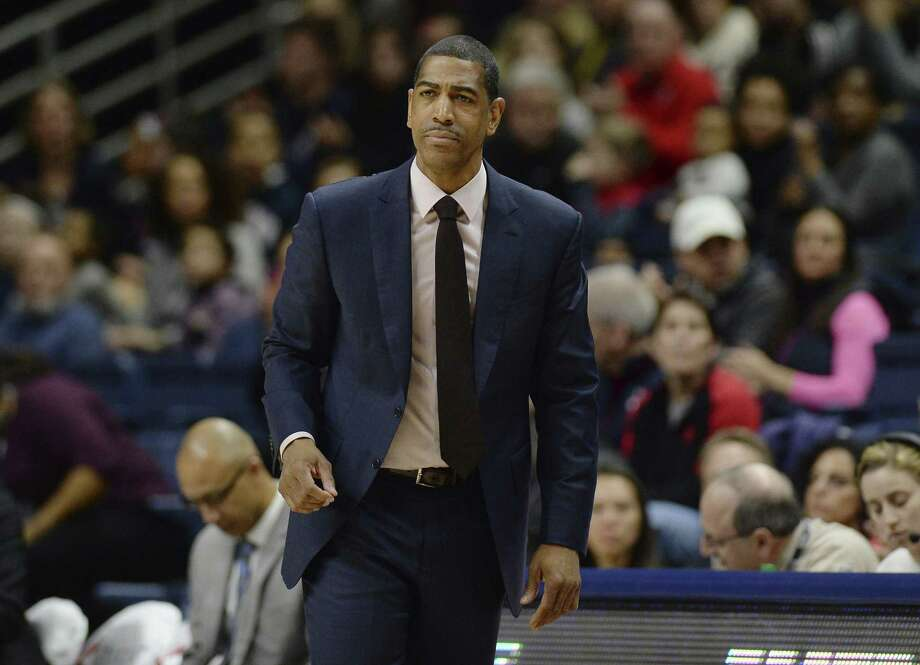 UConn coach Kevin Ollie wants the Huskies to play better perimeter defense. Photo: Jessica Hill / Associated Press / AP2018