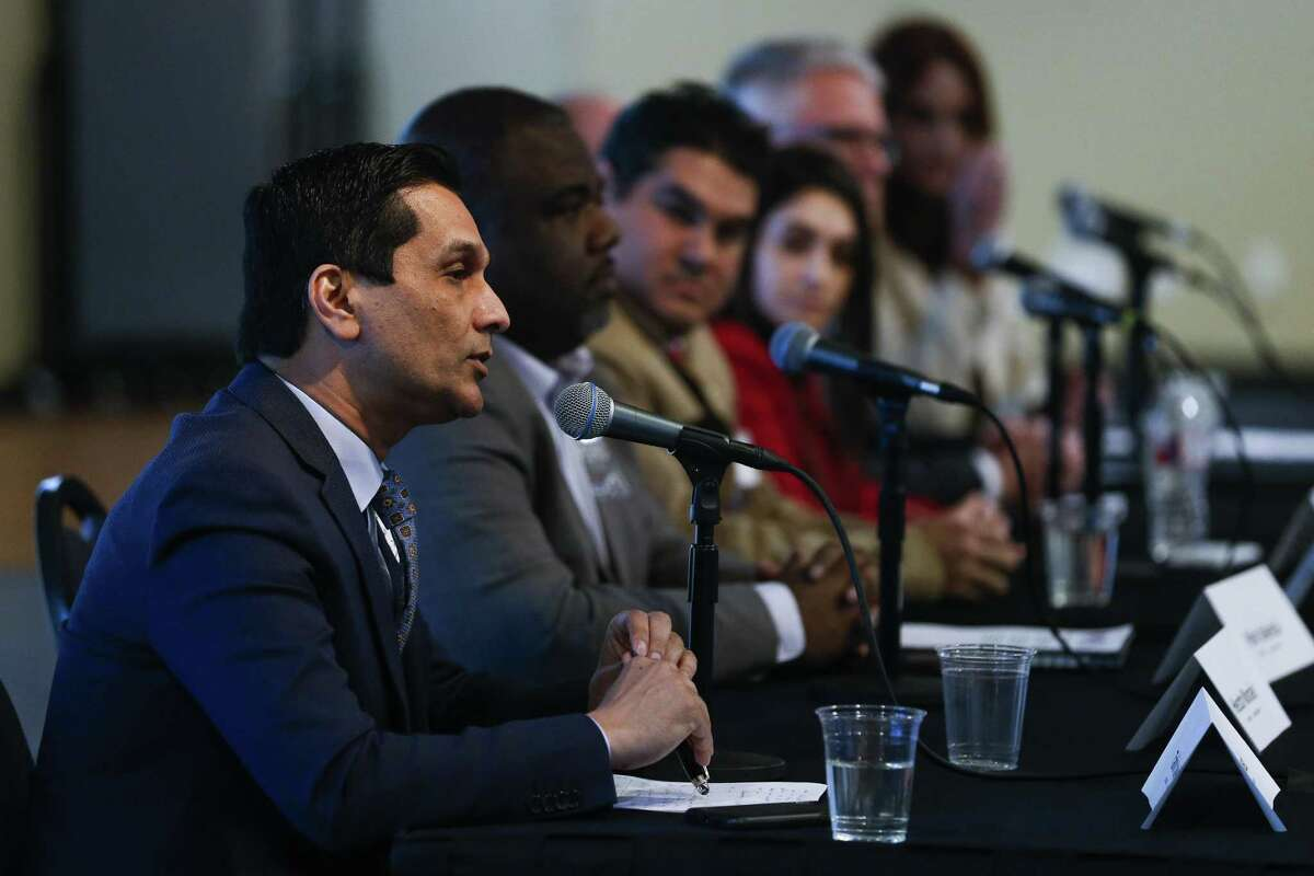 United States Congressional District 29 candidate Tahir Javed, left, answers a question during the Houston Congressional Candidate Forum at Houston's First Baptist Church Thursday, Jan. 18, 2018 in Houston. ( Michael Ciaglo / Houston Chronicle)
