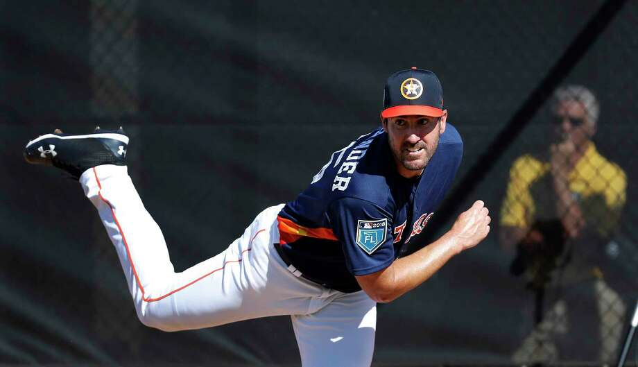 Astros ace Justin Verlander tossed seven scoreless innings Monday against the Mets, allowing five hits and striking out three. Photo: Karen Warren, Staff / © 2018 Houston Chronicle