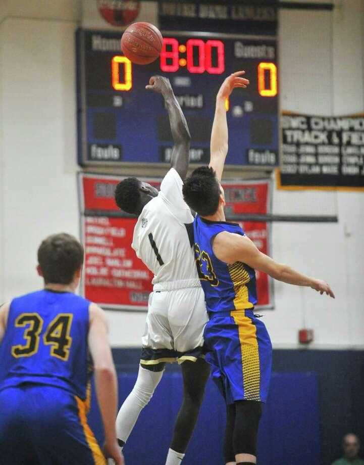 db8cb3e595f0 Boys Basketball  Notre Dame-Fairfield survives Brookfield