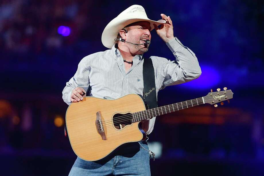 Garth Brooks performs after Round 1 of Super Series I of the Houston Livestock Show and Rodeo Tuesday, Feb. 27, 2018 in Houston. Photo: Michael Ciaglo, Houston Chronicle / Michael Ciaglo