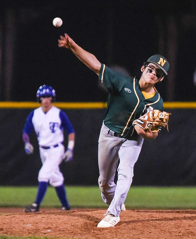 In three innings of relief in Nixon's (5-12-1, 0-4) 5-2 loss to Mission Veterans Memorial, sophomore Jerry Rodriguez gave up four hits and allowed three runs. Photo: Danny Zaragoza /Laredo Morning Times File