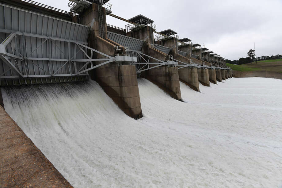 Eleven gates are opened one foot at the Toledo Bend Reservoir to drain some of the water in the lake on Monday. The gates were opened another foot on Tuesday.  Photo taken Monday, February 26, 2018 Guiseppe Barranco/The Enterprise Photo: Guiseppe Barranco, Photo Editor / Guiseppe Barranco ©