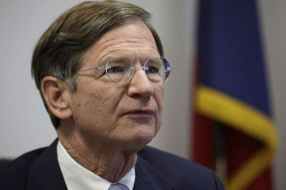 METRO -- U.S. Representative Lamar Smith, R-Tx, hold a press conference at his office at 1100 NE Loop 410,  Monday, Dec. 13, 2010. The congressman spoke of his priorities as incoming Chairman of the House Judiciary Committee.  JERRY LARA/glara@express-news.net Photo: JERRY LARA, SAEN Staff / SAN ANTONIO EXPRESS-NEWS / San Antonio Express-News