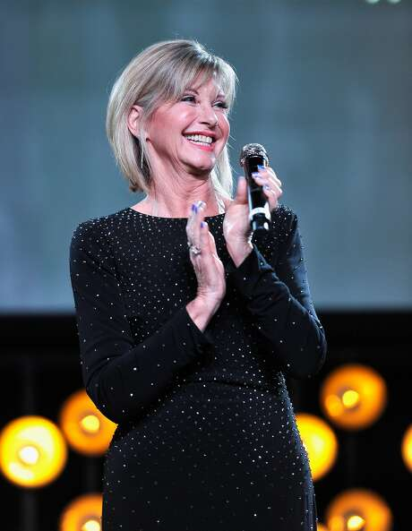 LOS ANGELES, CA - JANUARY 27: Olivia Newton John speaks onstage during the 2018 G'Day USA Black Tie Gala at InterContinental Los Angeles Downtown on January 27, 2018 in Los Angeles, California. Photo: (Photo By John Sciulli/Getty Images For G'Day USA), Getty Images For G'Day USA