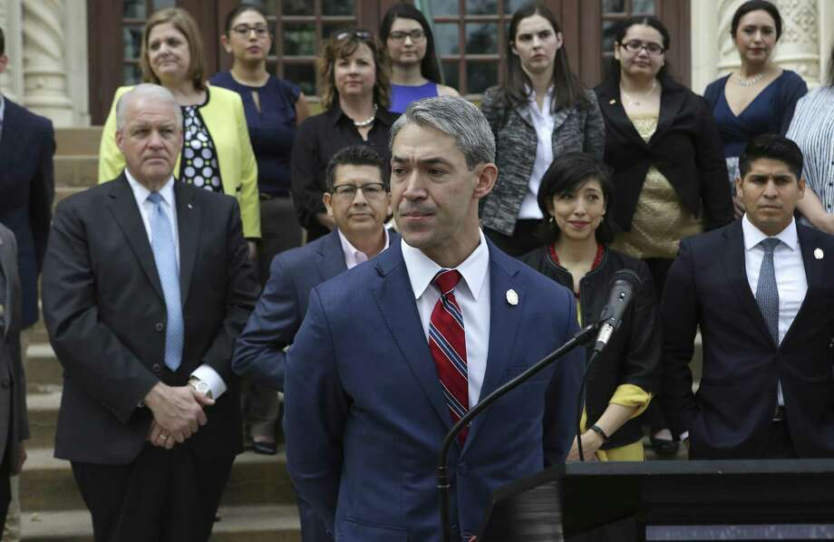 San Antonio Mayor Ron Nirenberg delivers a stern speech concerning San Antonio Professional Fire Fighters Union President Chris Steele on Wednesday, Feb. 28, 2018 on the steps of City Hall. Photo: Bob Owen /San Antonio Express-News / ©2018 San Antonio Express-News