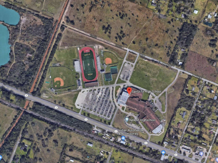 Precautionary lockdownSanta Fe High School is on a precautionary lockdown. Photo: Google Maps