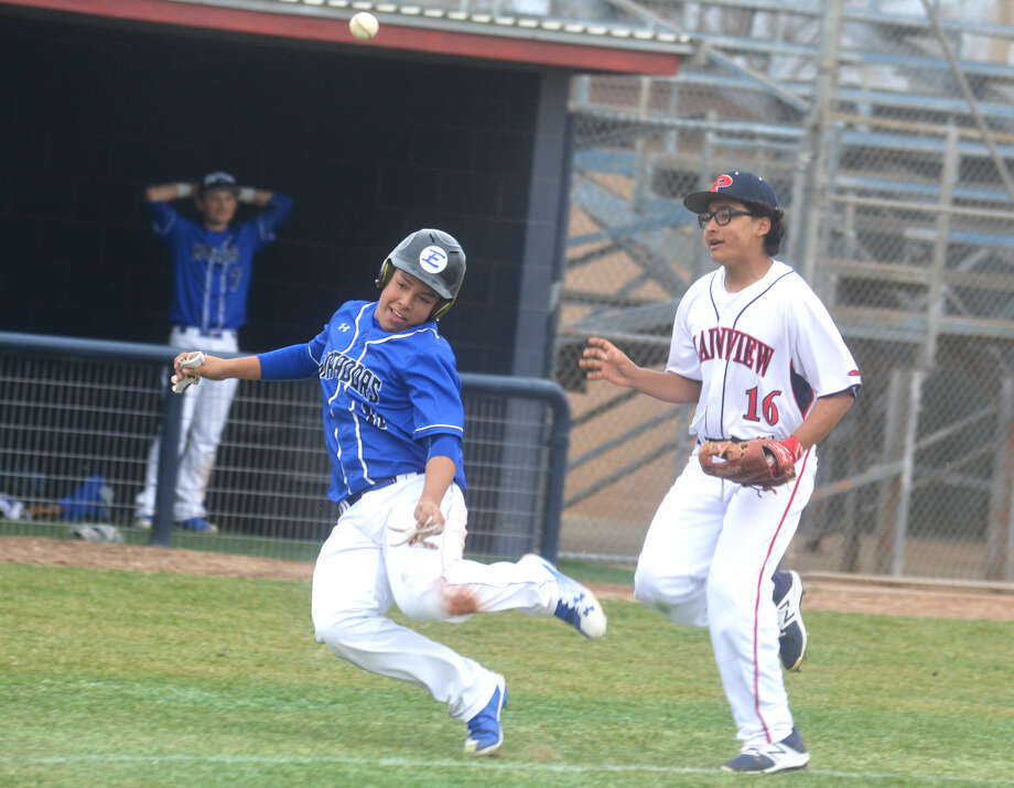 A Lubbock Estacado runner tries to avoid Plainview third baseman Tyler Rodriguez, 16, who flips the ball to a teammate during a rundown in the fourth inning of a non-district game at Bulldog Park Tuesday. Plainview won the game, 7-2. Photo: Skip Leon/Plainview Herald