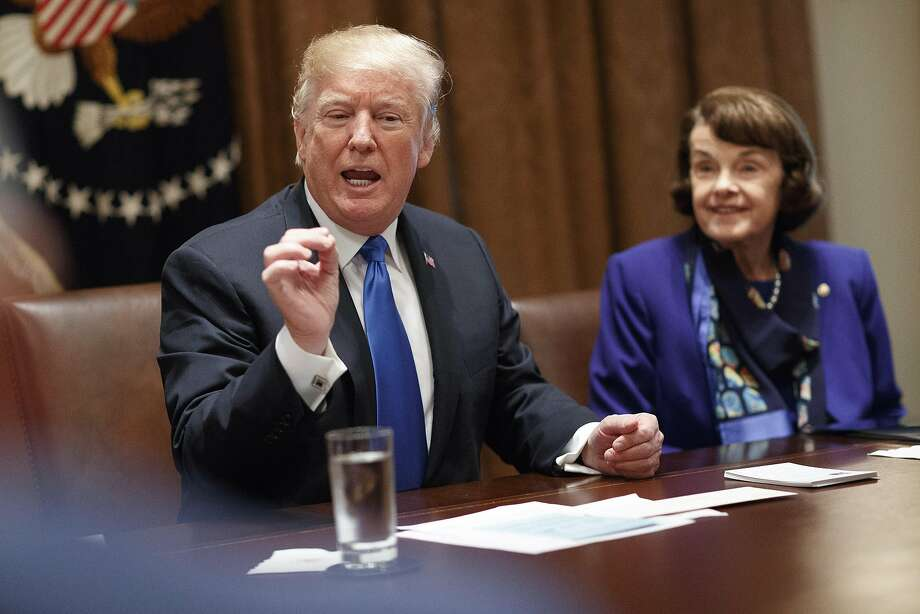 President Donald Trump speaks during a bipartisan round-table discussion on gun control at the White House in Washington, D.C., on Feb. 28, 2018. Trump repeatedly embraced a series of gun control measures here Monday, telling lawmakers to pursue bills that have been opposed for years by the vast majority of the Republican party. At right is Sen. Dianne Feinstein (D-Calif.). Photo: TOM BRENNER, NYT