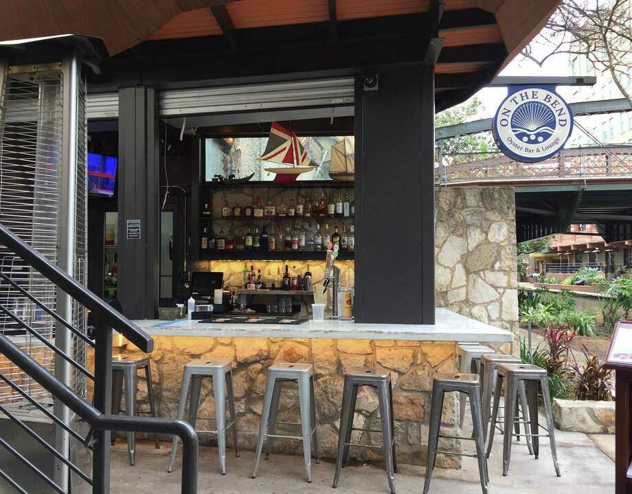 On The Bend Oyster Bar & Lounge is located at 123 Losoya St., Suite 7, along the River Walk in the Hyatt Regency hotel. Photo: Paul Stephen /San Antonio Express-News