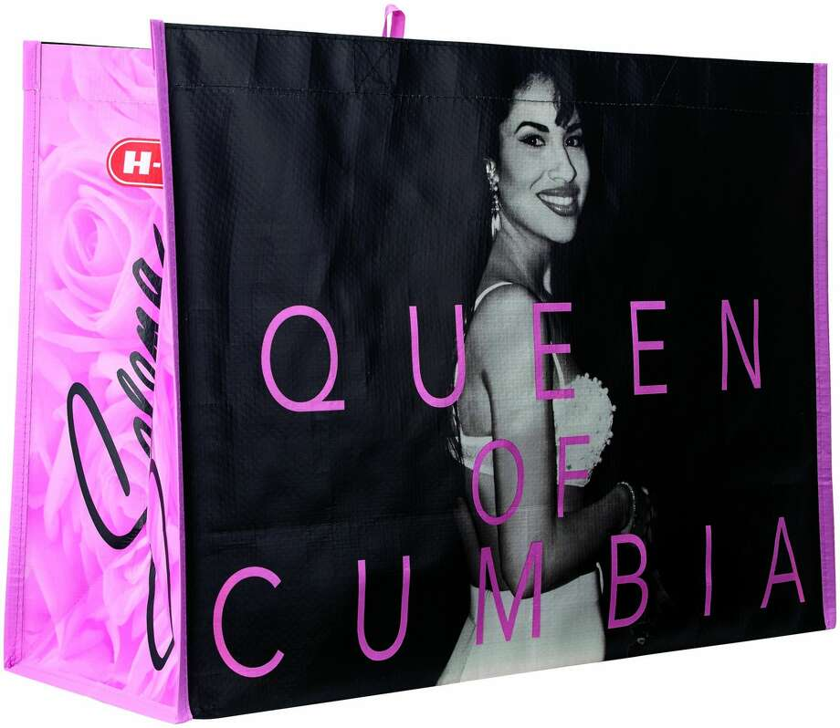 On Friday at 9 a.m., H-E-B will start selling limited edition, reusable tote bags featuring the Queen of Cumbia for $2 at select locations across Texas and online. Photo: Courtesy, H-E-B