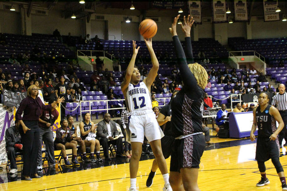 Prairie View A&'s Dominique Newman shoots against Texas Southern during the 2017-18 basketball season. Photo: Raymond Holley
