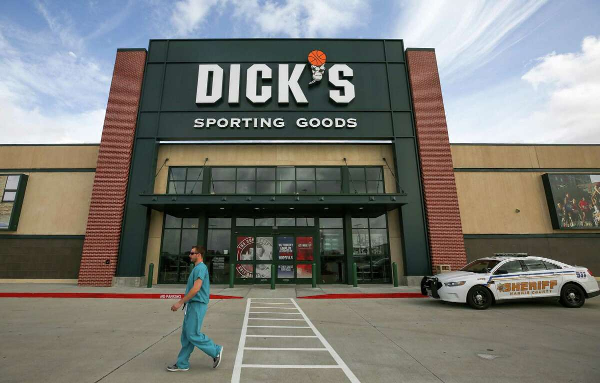 Dick?'s Sporting Goods announced it would stop selling assault-style weapons. Photographed Wednesday, Feb. 28, 2018, in Katy, Texas. ( Godofredo A. Vasquez / Houston Chronicle )