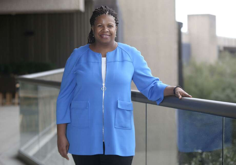 Deneen Donnley is the general counsel for USAA. Her 26-year career as a financial services attorney almost didn't happen. A random draw for jury duty set the Wharton MBA grad on a different path. Photo: John Davenport /San Antonio Express-News / ©John Davenport/San Antonio Express-News