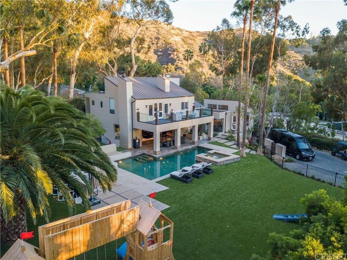 DeAndre Jordan has put his 4,600-square-foot, ultramodern estate in Malibu, CA, on the market for $6.5 million. He'd bought it just 14 months earlier.