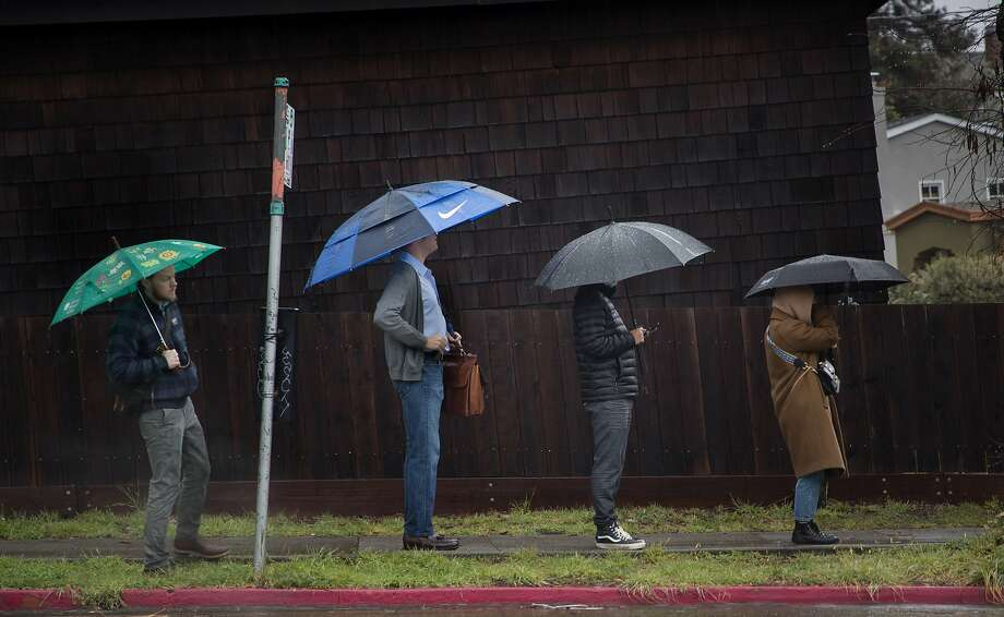 Rain is expected to dourse the Bay Area almost every day this week. Photo: Paul Kuroda, Special To The Chronicle