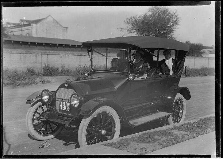 The Model T Ford is shown in this Library of Congress photo by Robert Runyon, 1881-1968 [Henry Ford introduced the Model T automobile to the market on October 1, 1908.] MEDIUM: 1 nitrate negative; 5x7 and smaller DIGITAL COLLECTION: The South Texas Border REPRODUCTION NUMBER: 08638 REPOSITORY: The Center for American History and General Libraries, University of Texas at Austin SOURCE COLLECTION: Robert Runyon Photograph Collection