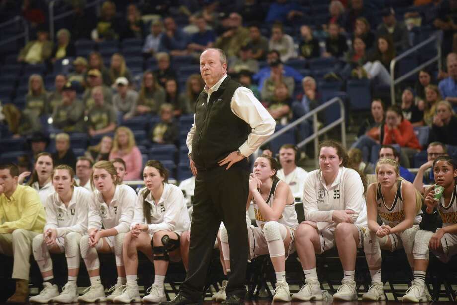 Amarillo Sandies head coach Jeff Williams watches his team during UIL Class 5A girls state semifinal high school action against Temple in the Alamodome on March 1, 2018. Photo: Billy Calzada, Staff / San Antonio Express-News / San Antonio Express-News