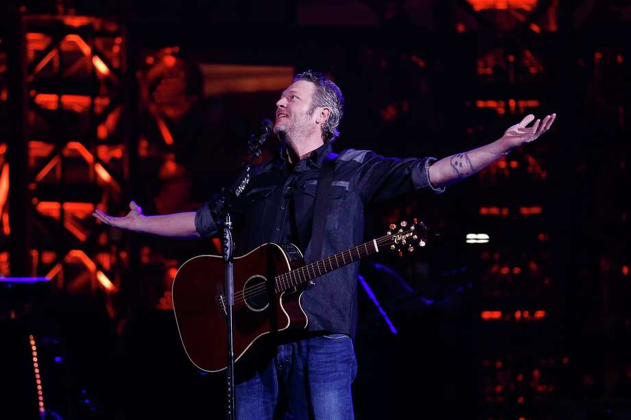 Blake Shelton performs during Round 3 of Super Series I at the Houston Livestock Show and Rodeo Thursday, March 1, 2018 in Houston. Photo: Michael Ciaglo, Houston Chronicle / Michael Ciaglo