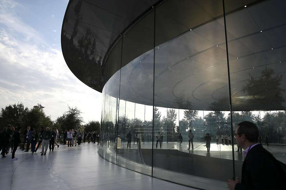 A view of the Steve Jobs Theater on the Apple Park campus. Three calls to 911 in January reported that people had injured themselves from walking into glass. Photo: Justin Sullivan, Getty Images