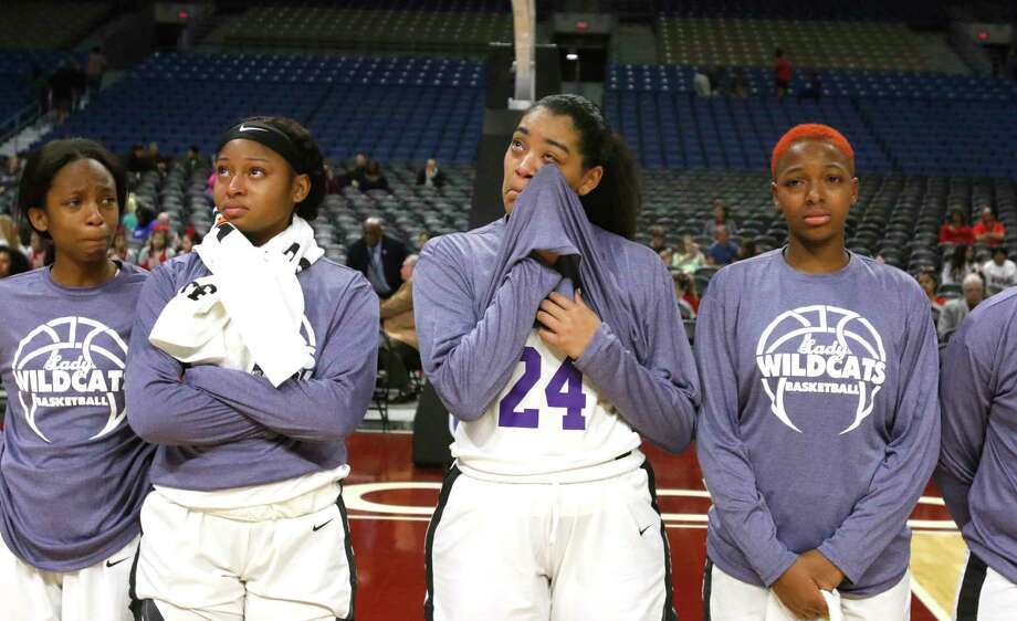 Houston Wheatley players get emotional after falling to Argyle in the UIL Class 4A state semifinal on Friday, March 2, 2018 at the Alamodome in San Antonio. Photo: Ronald Cortes / Ronald Cortes 2018