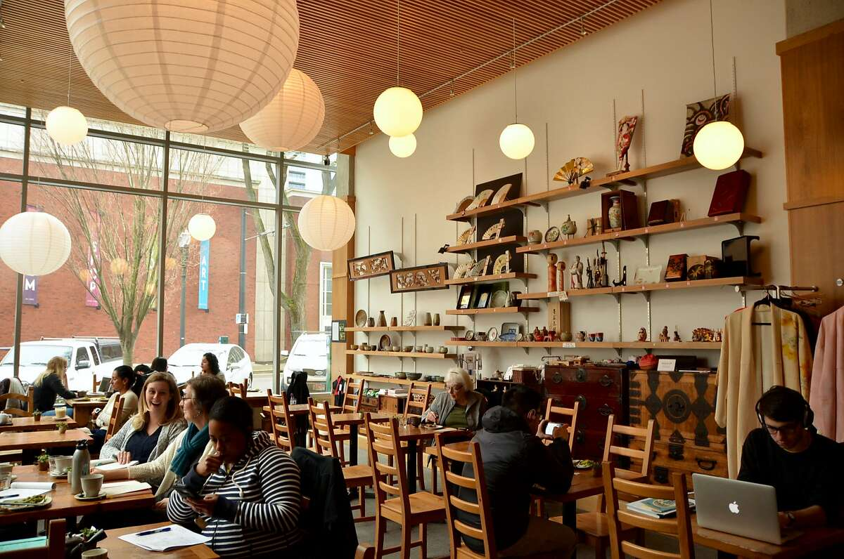 Behind the Museum Cafe is an airy, tawny wood-lined space offering Japanese tea and snacks, crafts and antiques.�