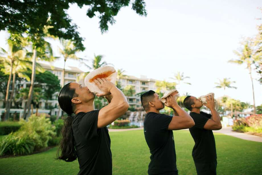 Kiakahi sessions start with the playing of traditional conch shells. Photo: Anna Kim Photography