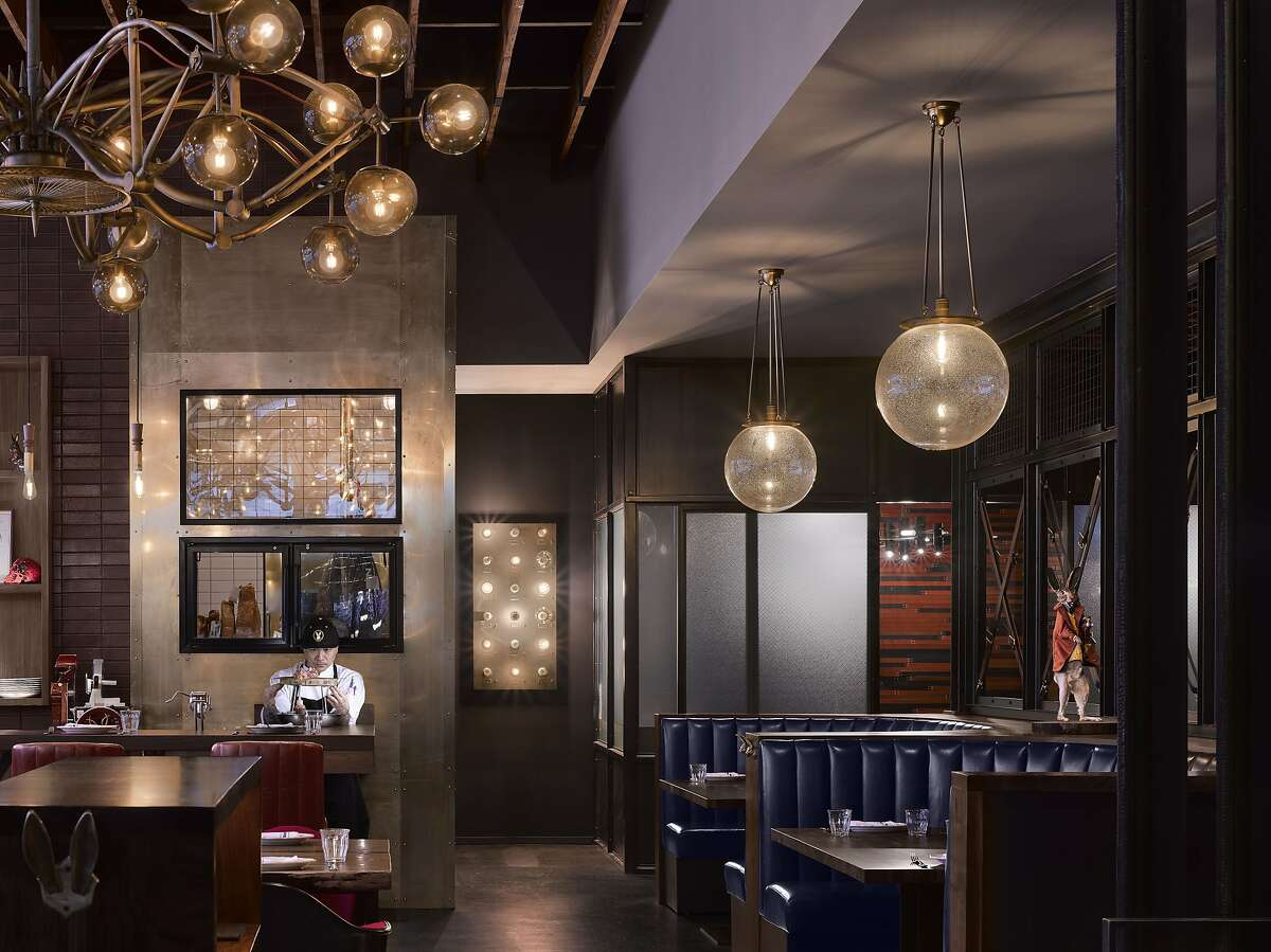 San Francisco chef Chris Cosentino�s Jackrabbit restaurant, offering playful decor and hearty seasonal fare, is part of the Duniway Portland�s appeal.