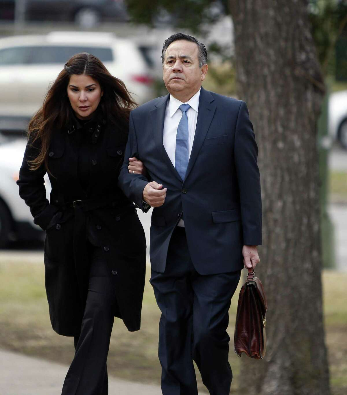 Sen. Carlos Uresti arrives with his wife Lleanna Urest at the John H. Wood Jr. Federal Courthouse.