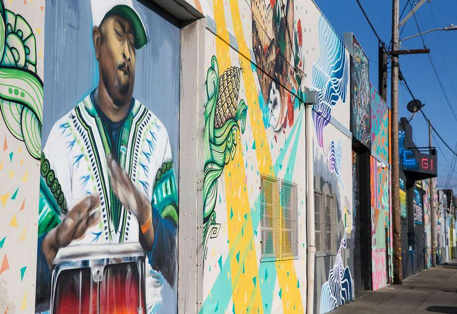 Bayview murals offer a sampling of the neighborhood's black history. Photo: Jessica Christian, The Chronicle