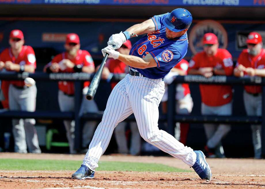 New York Mets' Tim Tebow singles during the fourth inning of an exhibition spring training baseball game against the Washington Nationals, Friday, March 2, 2018, in Port St. Lucie, Fla. (AP Photo/Jeff Roberson) Photo: Jeff Roberson / Copyright 2018 The Associated Press. All rights reserved.