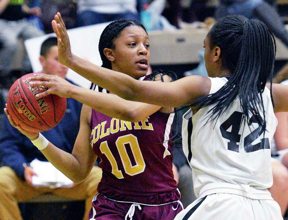 Colonie's #10 Lashia Ricketts battles Bethlehem's #42 Langston Williams during their Class AA girls' final game against Saturday March 3, 2018 in Troy, NY.  (John Carl D'Annibale/Times Union) Photo: John Carl D'Annibale / 20043083A