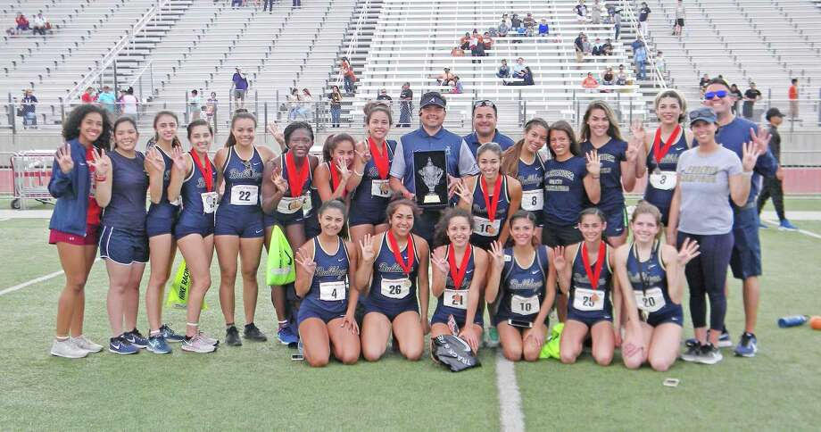 The Alexander girls' track & field team won the 86th Border Olympics meet Saturday at the SAC led by Cynthia Emeremnu who won the high point award. Photo: Clara Sandoval / Laredo Morning Times