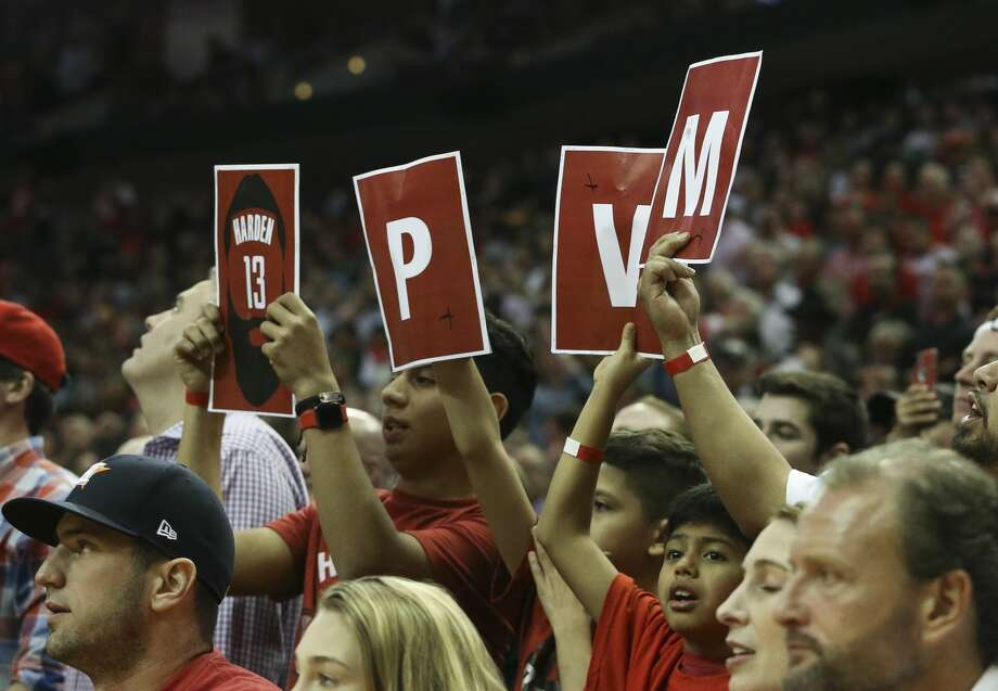 Houston Rockets fans cheer for James Harden during the fourth quarter of a NBA game against the Boston Celtics at the Toyota Center on Saturday, March 3, 2018, in Houston. The Houston Rockets defeated the against the Boston Celtics 123-120. ( Yi-Chin Lee / Houston Chronicle ) Photo: Yi-Chin Lee/Houston Chronicle
