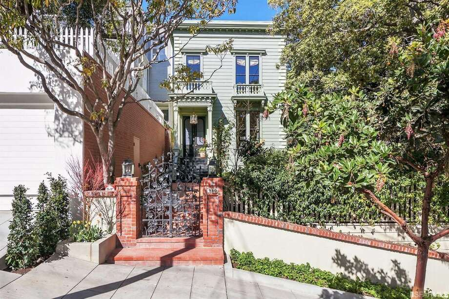 930 Chestnut is a preserved Victorian set deep on its lot behind Thomas Church designed gardens. Yours now for $6.850M Photo: Open Homes Photography Via Malin Giddings, Compass