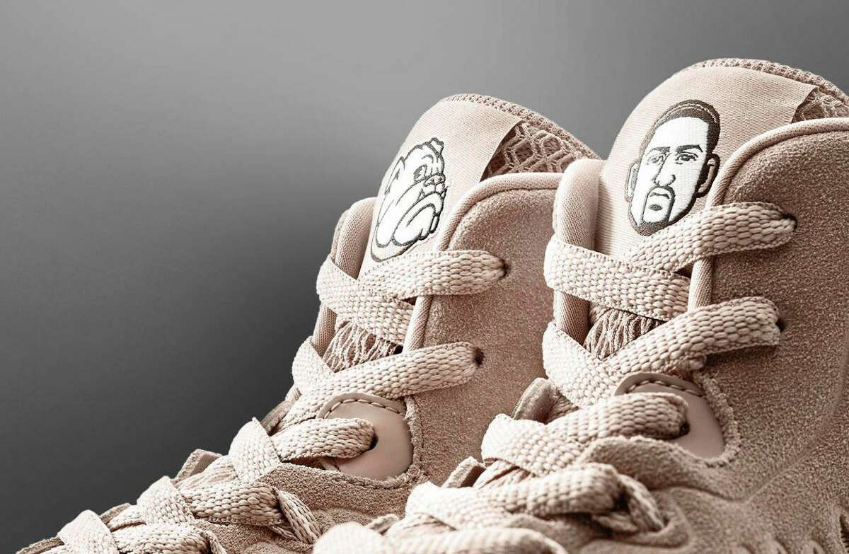Klay Thompson's new KT3 shoes by Anta feature nods to his beloved pet bulldog, Rocco.