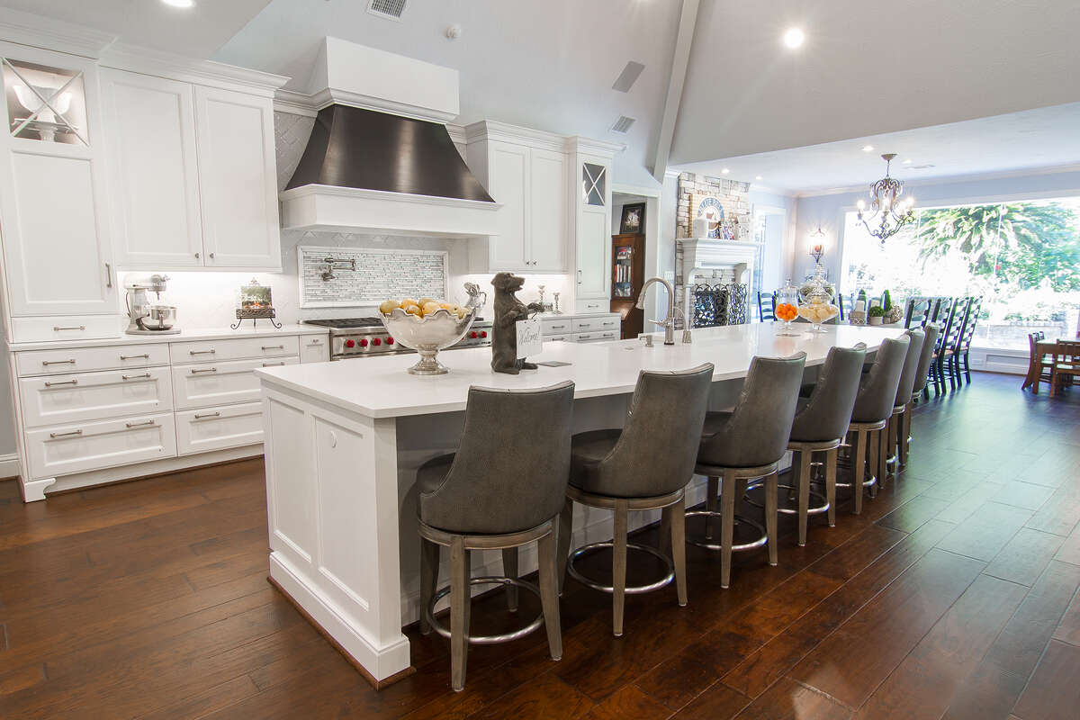 Exceptionnel Whether Custom Or Factory Made, Cabinets Make The Kitchen