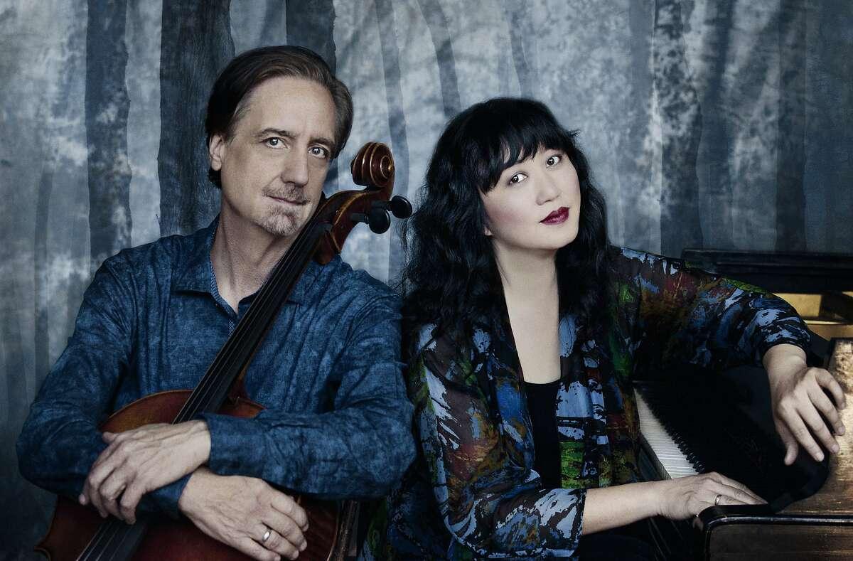 Cellist David Finckel (l.) and pianist Wu Han