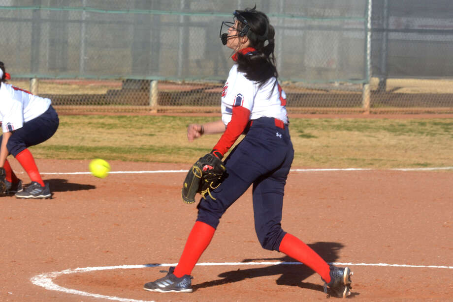 Plainview freshman Esmeralda Lucio fires a pitch during a game earlier this season. Lucio continued to excel for the Lady Bulldogs at the Ector County ISD Tournament in Odessa, where she hurled Plainview to one of their two victories in the three-day tourney. Photo: Skip Leon/Plainview Herald