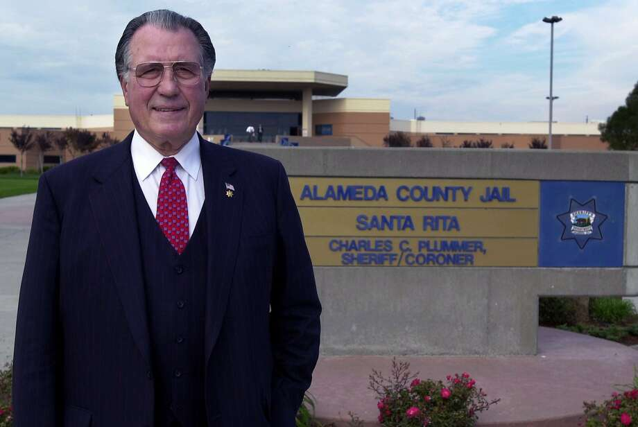Retired Sheriff Charles Plummer of Alameda County, California. Photo: CINDI CHRISTIE, CONTRA COSTA TIMES