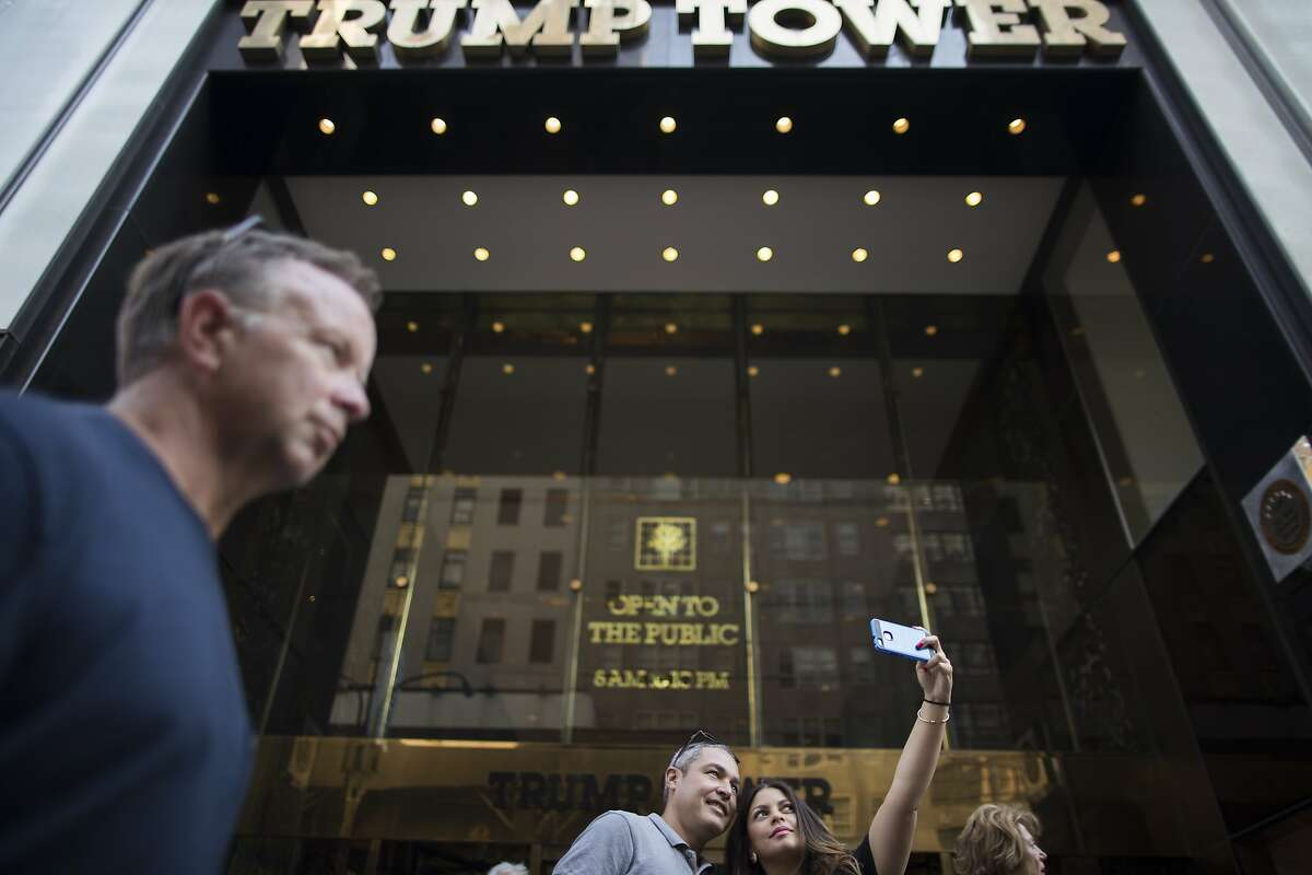 Trump's financial dealings are based on association with crooks, money launderers - and lots of Russians.