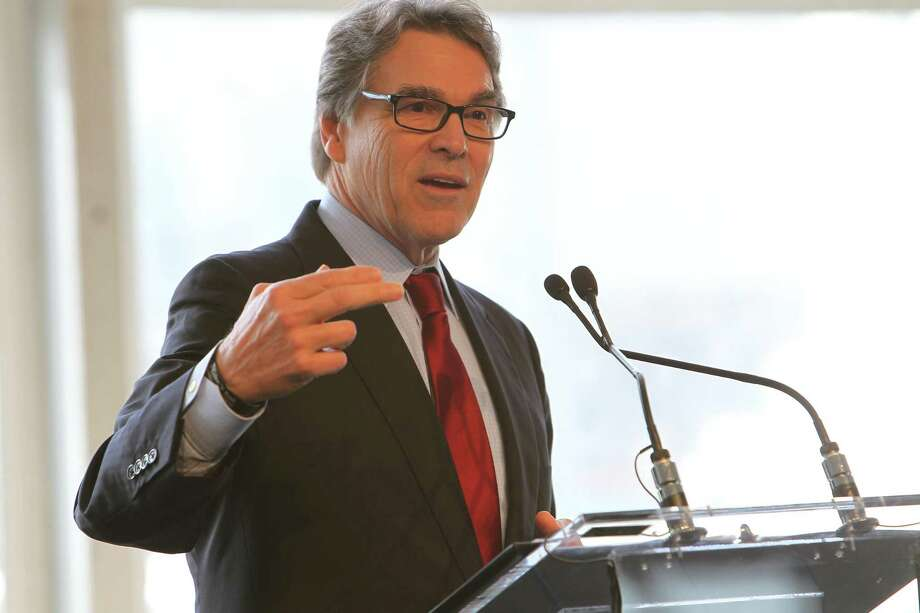 Energy Secretary Rick Perry gives a speech at Petra Nova Carbon Capture Plant Thursday, April 13, 2017, in Richmond. Perry is seeking to cut funding for carbon capture technology to finance the development of a new generation of coal plants. ) Photo: Steve Gonzales / Steve Gonzales / Houston Chronicle / © 2017 Houston Chronicle