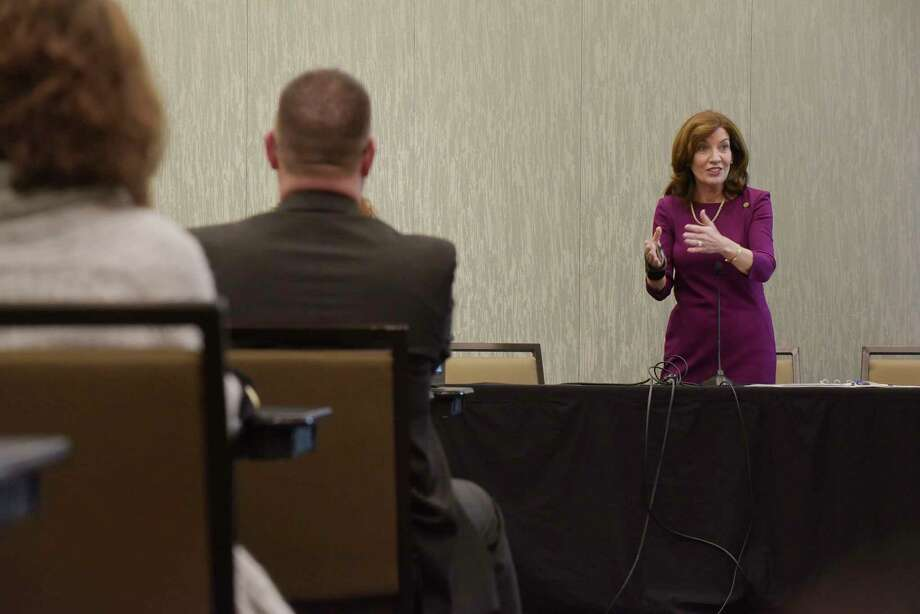 Lieutenant Governor Kathy Hochul gives a talk on women in leadership roles at the New York State Council of School Superintendents Conference on Monday, March 5, 2018, in Albany, N.Y.    (Paul Buckowski/Times Union) Photo: PAUL BUCKOWSKI / (Paul Buckowski/Times Union)